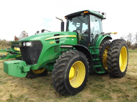 '07 JD 7830 MFWD tractor