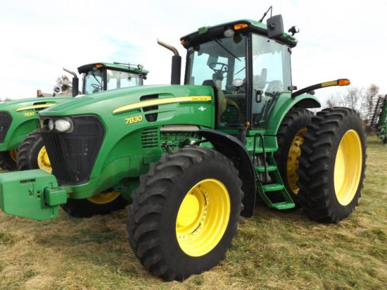 '08 JD 7830 MFWD tractor