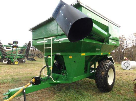 '13 E-Z Trail 510 grain cart