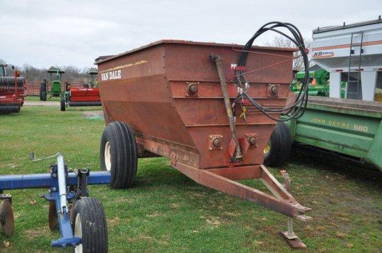 Van Dale mixer feed wagon