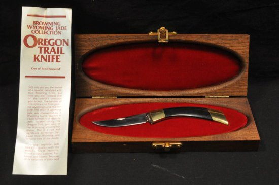 Browning Oregon Trail Collectors Knife
