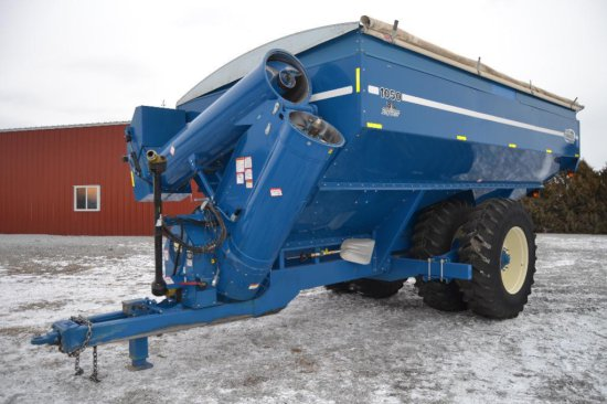 Kinze 1050 grain cart