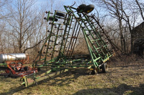 '91 JD 960 41' field cultivator