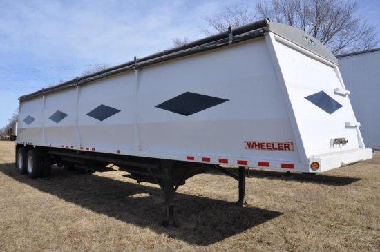 '97 Wheeler 38' steel hopper bottom grain trailer