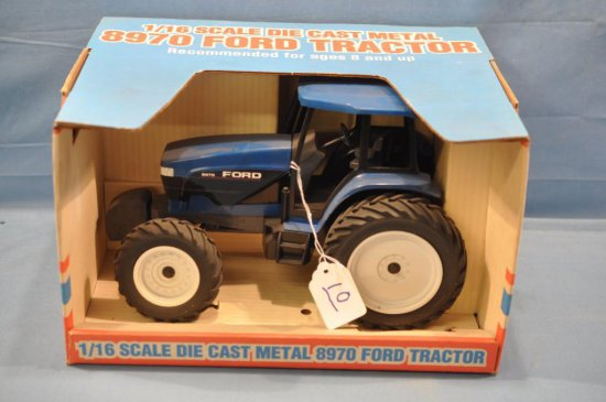 SPEC CAST 1/16TH SCALE FORD 8970 TRACTOR, SLIGHT DUST