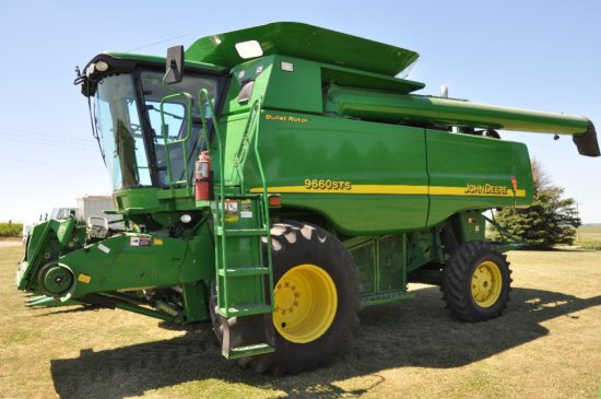 '06 JD 9660STS 2wd combine