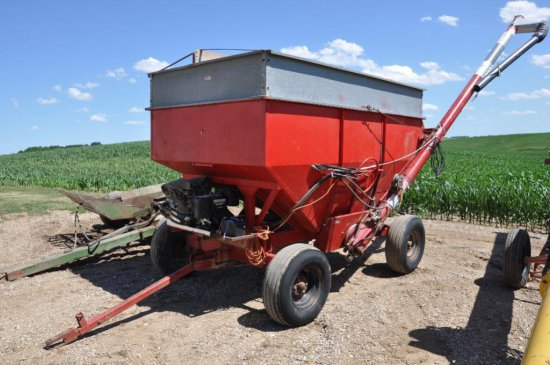 250 bushel gravity wagon seed tender