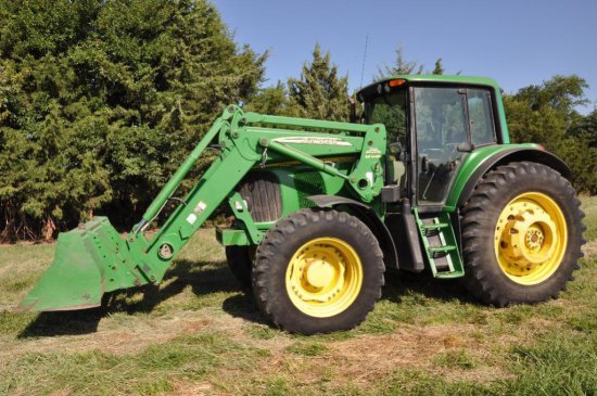 '05 JD 7420 MFWD tractor
