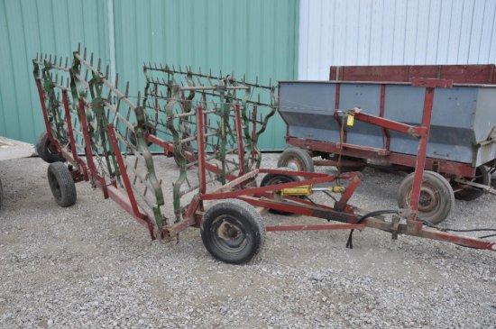 JD harrow sections on Kobar 30' cart w/ hyd. lift