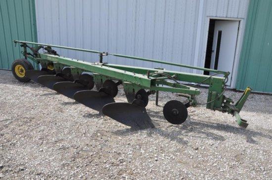 JD 1350-1450 5 bottom plow
