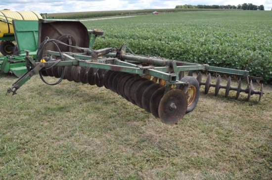JD BW 14' pull-type disk