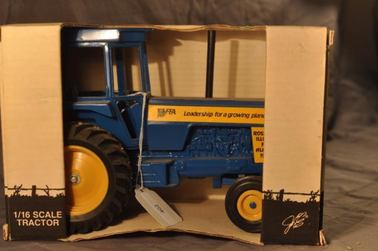 Scale Models 1/16th Scale 1992 Roseville FFA Tractor