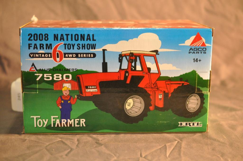 Ertl 1/32nd Scale Toy Farmer 7580 Allis Chalmers Tractor