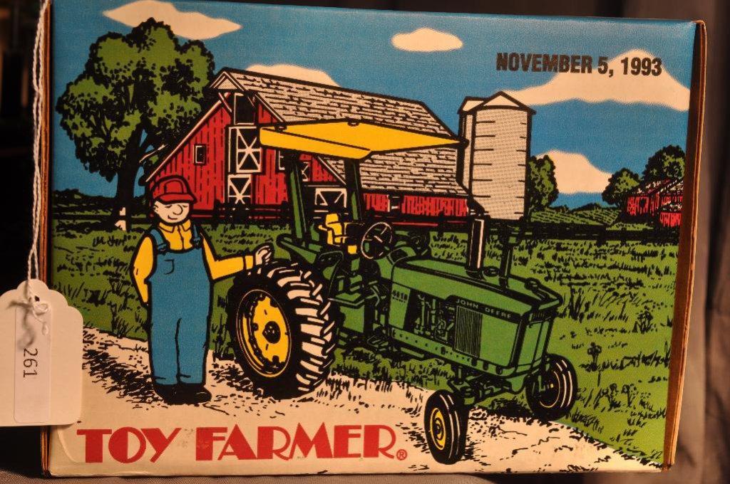 Ertl 1/16th Scale Toy Farmer John Deere 4010 Diesel Tractor