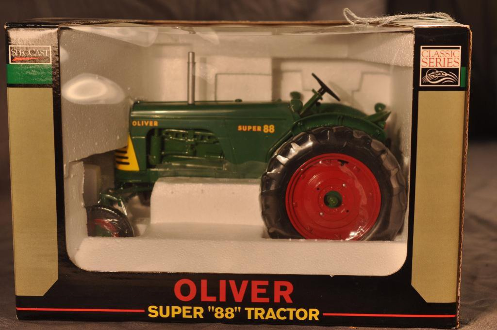 Spec Cast 1/16th Scale Oliver Super 88 Tractor