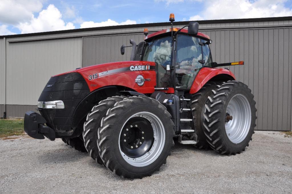 '13 Case-IH 315 Magnum MFWD tractor