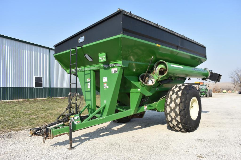 Brent 1080 grain cart