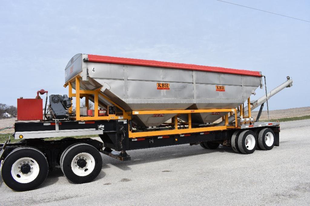 '14 KBH TT1000 26-ton 32' dry fertilizer tender