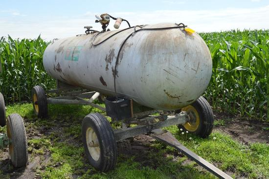 1000 gallon LP/fuel tank w/ Gasboy 12 volt pump on John Deere 953 gear