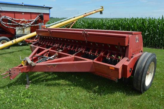 IH 5100 12' grain drill