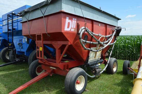 Bradford 335 300 bu. gravity wagon...w/ Bradford 1178 gear