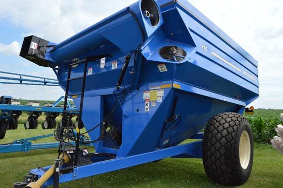 J&M 875 grain cart