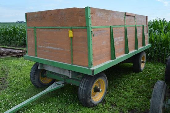 Wooden 11' barge box w/ John Deere 963 gear
