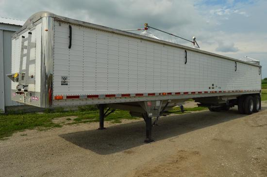 '10 Wilson Pace Setter DWH-500 43' grain trailer