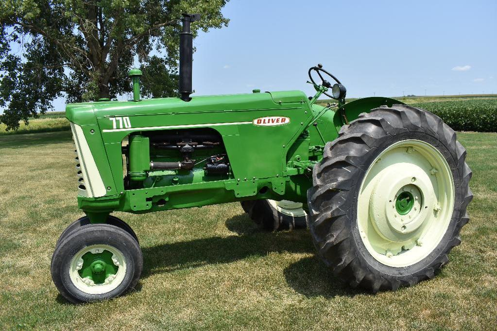 '59 Oliver 770 tractor
