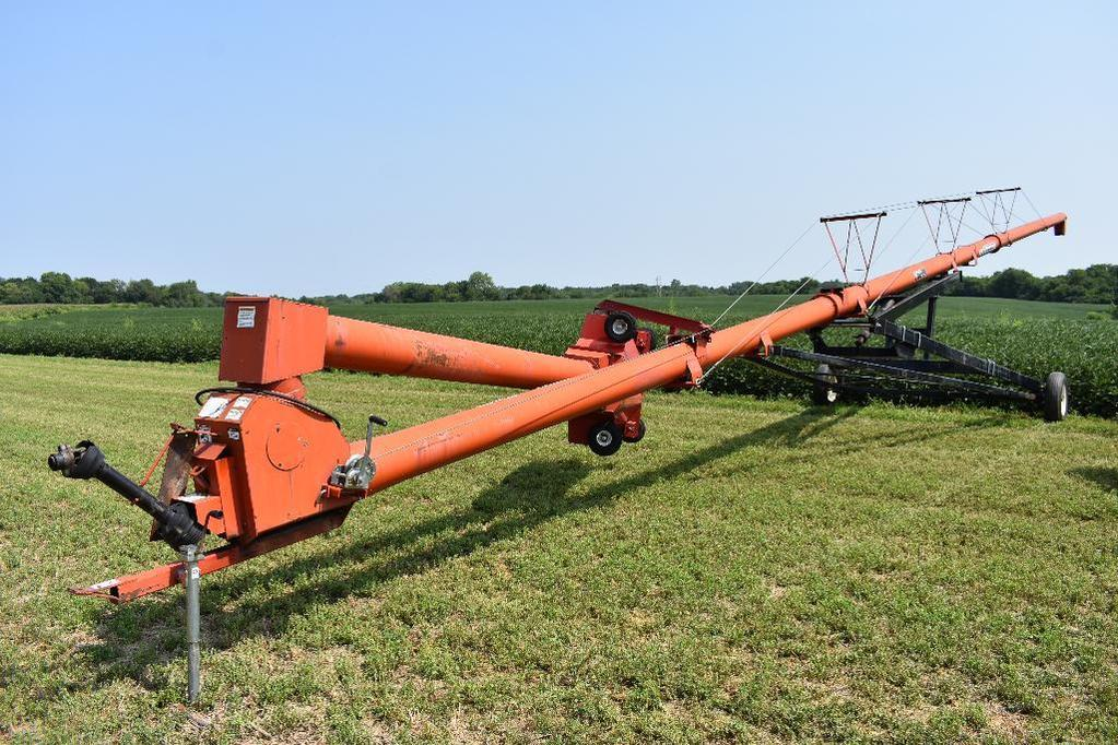 Wheatheart SA10-71 swing away auger