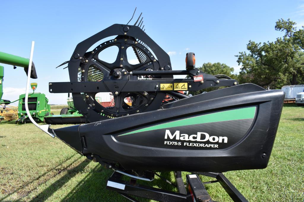 17 MacDon FD75-S 30' flex draper head | Farm Machinery