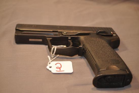 H&K USP .45 AUTO SEMIAUTOMATIC PISTOL