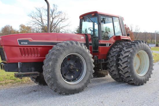 1982 International Harvester 6788 2+2 4wd tractor