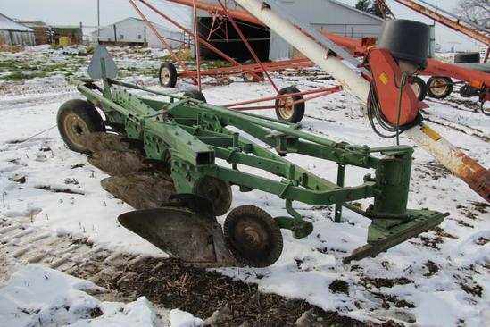 John Deere 145H 4 bottom plow