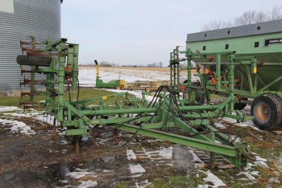 John Deere 1000 20' Field Cultivator