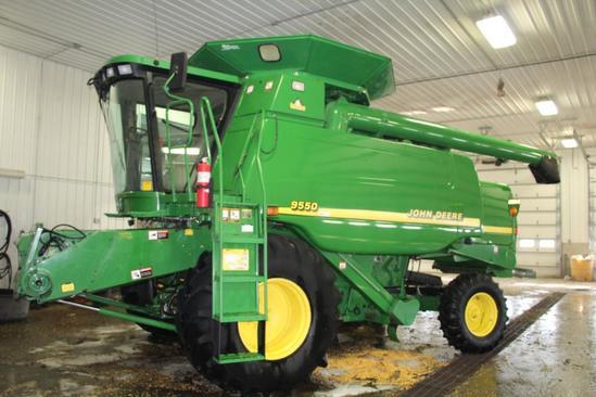2001 John Deere 9550 2wd combine