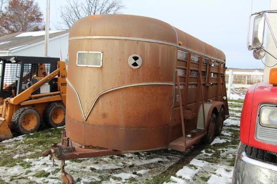 1983 Show Me 7'x 16' tandem axle bumper hitch livestock trailer