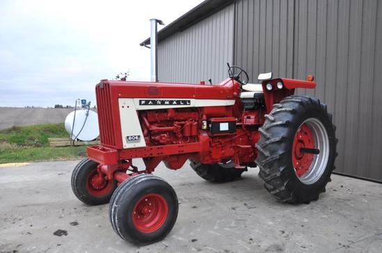 1966 Farmall 806 2wd tractor