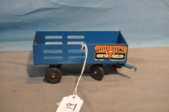 "5.5"" LONG WYANDOTTE FARM TRAILER"
