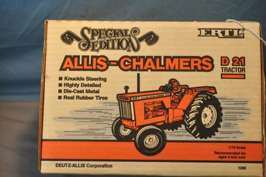 ERTL 1/16TH SCALE AC D 21 SPECIAL EDITION TRACTOR