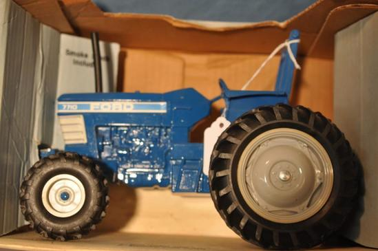 ERTL 1/16TH SCALE FORD 7710 TRACTOR