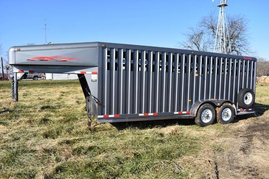 2000 Trailman 2000 20' steel livestock trailer