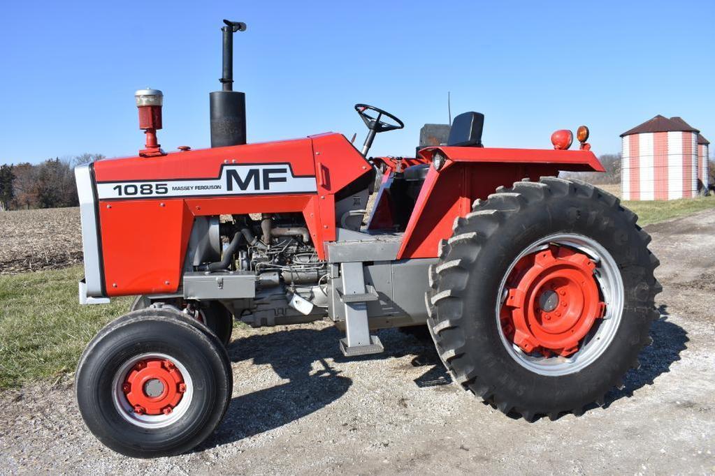 1974 Massey Ferguson 1085 2wd tractor