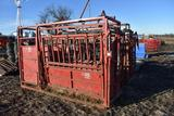 2006 Titan West cattle catch chute