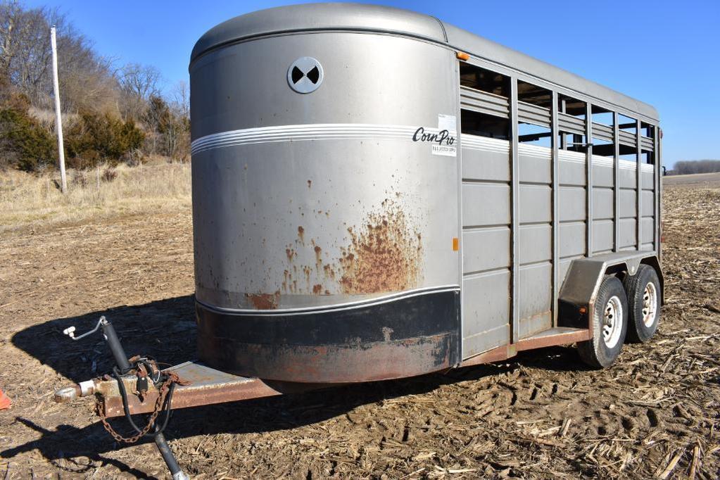 2004 Corn Pro 16' livestock trailer