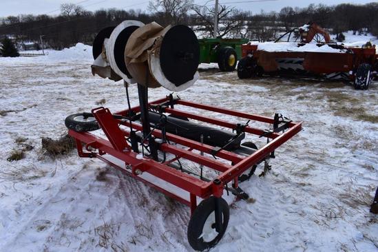 "Nolts Midwest Produce Supplies AL54 60"" 3-pt. mulch bed applicator"