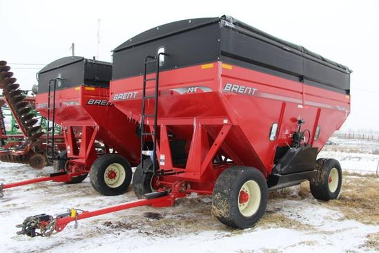 Brent 744 gravity wagon