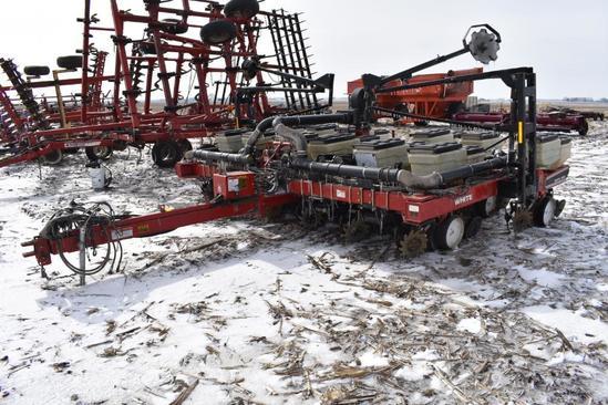 """White 6300 12 row 30""""/13 row 15"""" planter"""