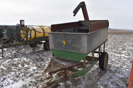 Older Heidler feed wagon (as-is)