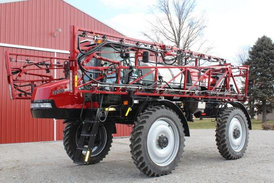 2012 Case IH 3230 Patriot self-propelled sprayer